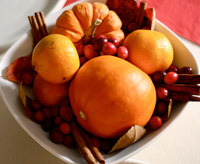 Thanksgiving tablescape idea using fruit