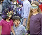 kids in masks at craft fair