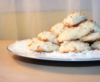 homemade gift ideas, best holiday recipe for coconut macaroons