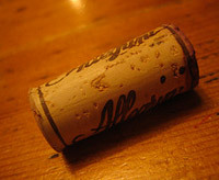 new uses for ordinary items, cork as sewing kit