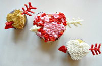 Flying hearts cupcakes