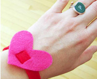 handmade valentines day gifts, diy wristbands