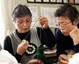 tsunami survivors knitting