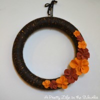 Fall Craft Idea -- Cozy Yarn Wreath