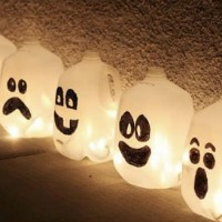 Fall Craft for Kids -- Milk Jug Ghosts