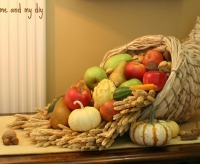 Thanksgiving Centerpieces: Cornucopia from Me and My DIY