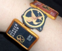 """Homemade Christmas Gifts for the Hunger Games Fans: """"The Hunger Games"""" Book Cover Bracelet"""