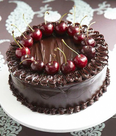 Dream-worthy Chocolate Cakes: Chocolate Cake with Port-Soaked Cherries