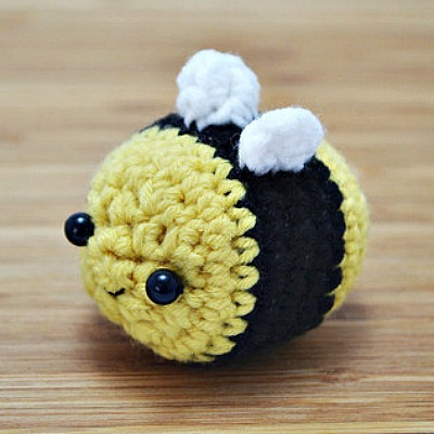 Kawaii Bumble Bee Amigurumi Pattern, Beginner Amigurumi Projects