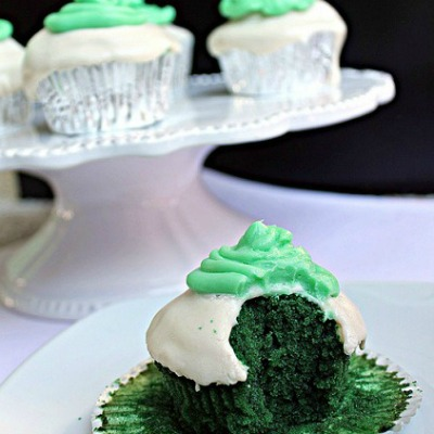Green Velvet Cupcakes with Mint Buttercream Frosting
