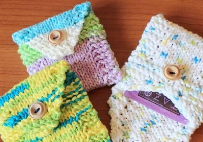 Knit tea packets