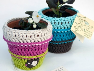 Crocheted flower pot cozies