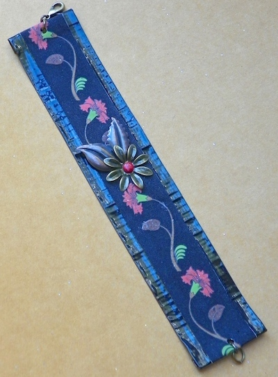duct tape bracelet, gaffer tape, kids crafts
