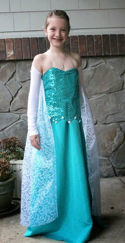 Halloween costumes for kids, Elsa costume, Frozen costume, DIY Elsa costume