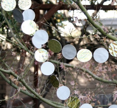 circle punch recycled Christmas garland