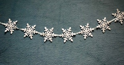 Christmas garland made from snowflakes