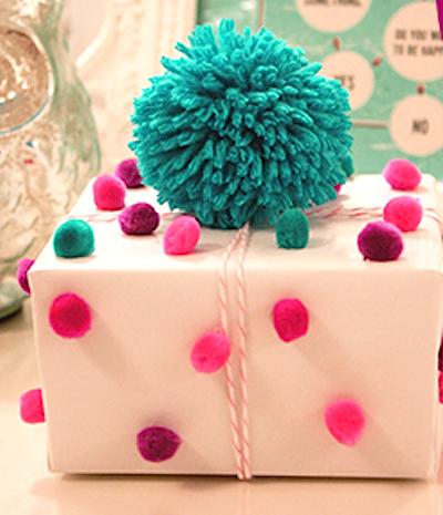pompom gift wrap topper