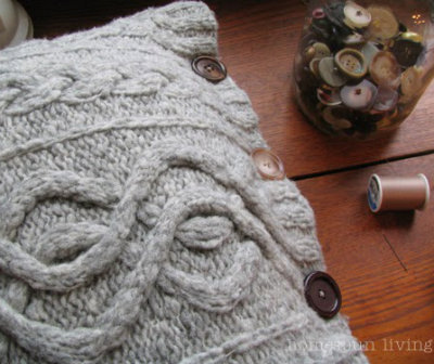 Cable knit pillow, DIY pillow cover, Knitted pillow project, Repurpose sweater projecet