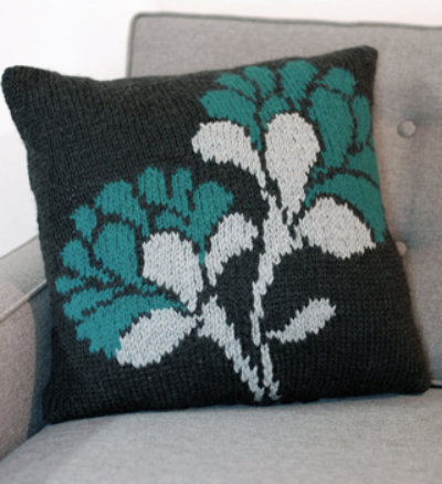 Knitted pillow, DIY flower pillow