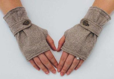 Fingerless Tweed Gloves sewing Pattern