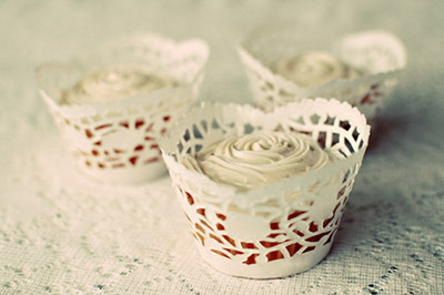 paper doily cupcake wrapper