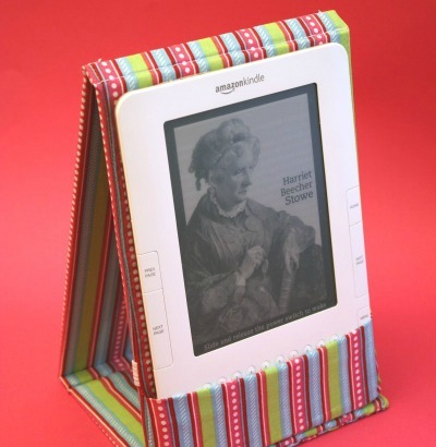 Easel style Kindle case sewing pattern