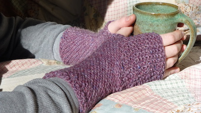 hasta mitts eco friendly yarn knitting pattern