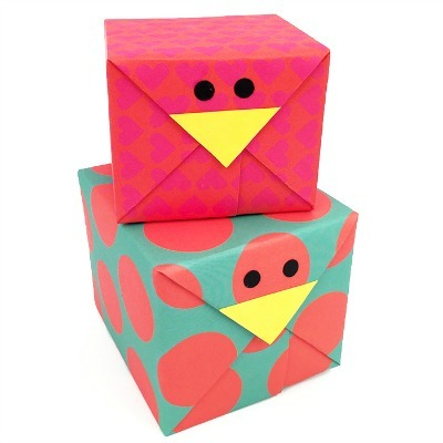 chick gift wrapping, DIY gift wrap, animal gift wrap