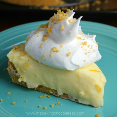 Lemon sour cream pie, lemon cream pie, homemade lemon dessert