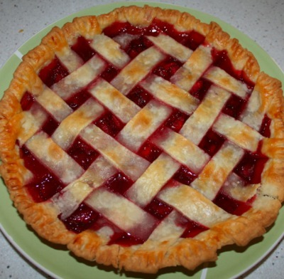Strawberry pie with lattice top