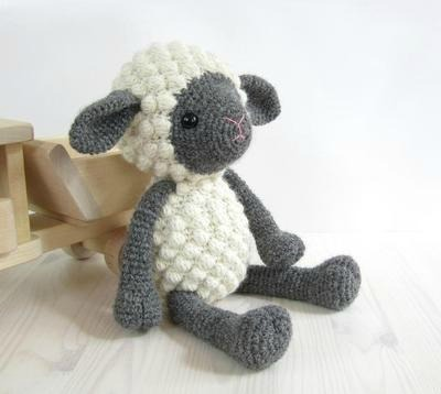 Crochet Sheep Plushie, DIY Sheep Toy, Free Crochet Lamb Pattern, Crochet Lamb