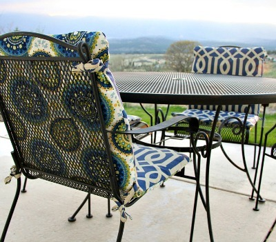 DIY Outdoor Chair Cushion, DIY Reversible Chair Cushion, Outdoor Summer Crafts