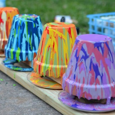 DIY Painted Potters, DIY Planters, DIY Outdoor Summer Crafts, Drip Paint Clay Pots