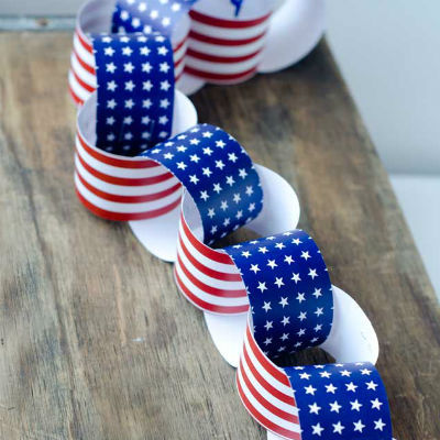 paper chain for july fourth