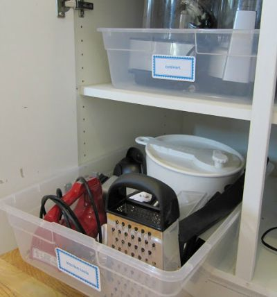 Plastic containers as pull-out drawers