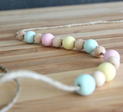 Chalky Finish Wood Bead Garland