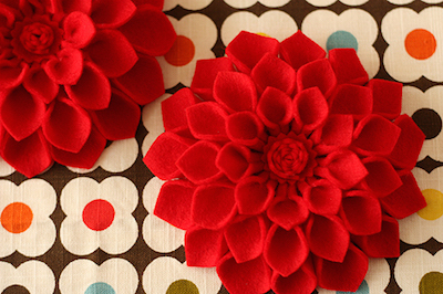 felt dahlias DIY