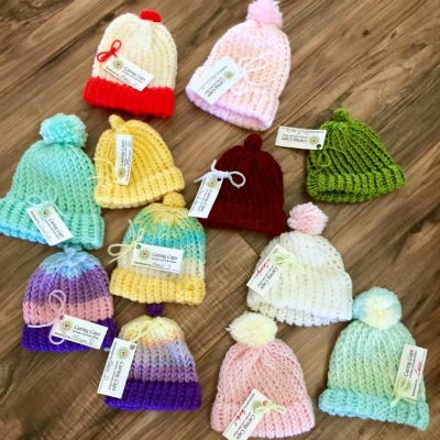 Learn how to knit these easy beanies.
