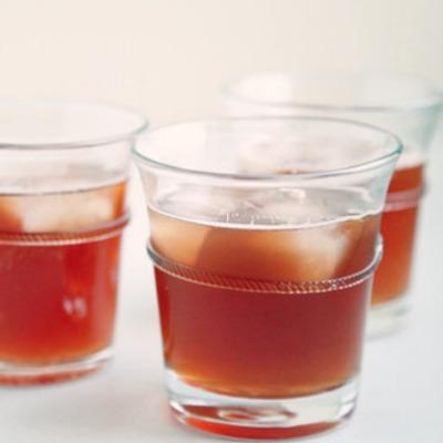 Three ingredient gingersnap cocktail