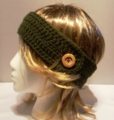 Crochet headband with decorative button