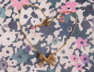 Gold Gilded Lace Bow Necklace