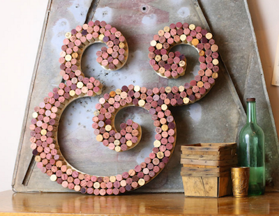 wine cork ampersand