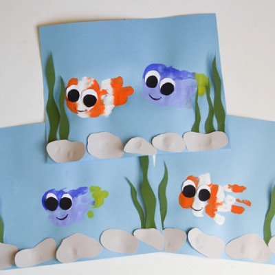 Finding Nemo handprint fish crafts