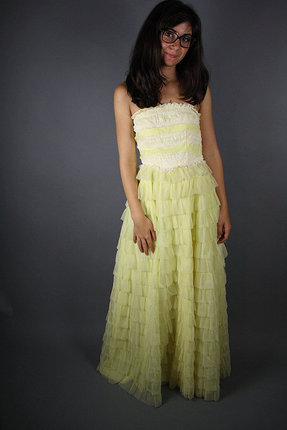 Vintage 1950s Yellow Ruffle Lace Prom Dress