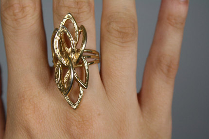 Vintage Abstract Floral Costume Ring Sz7/8