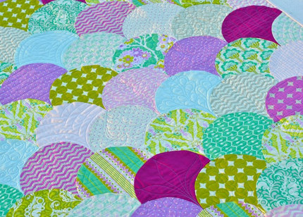Heather Bailey Clamshell Baby Girl Quilt, Modern Fabrics - Free Shipping!