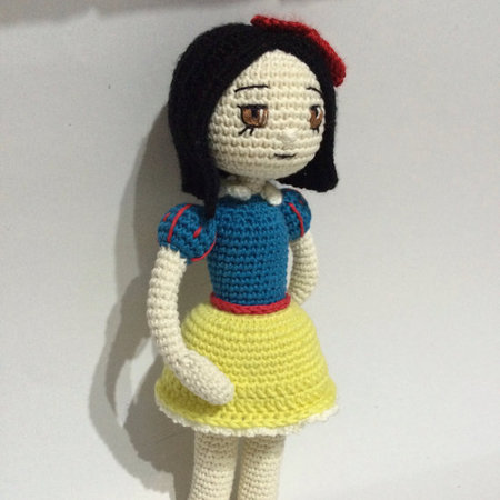 Amigurumi Doll Furniture : Crochet Pattern Snow White Amigurumi Doll Pdf - IremDesign ...
