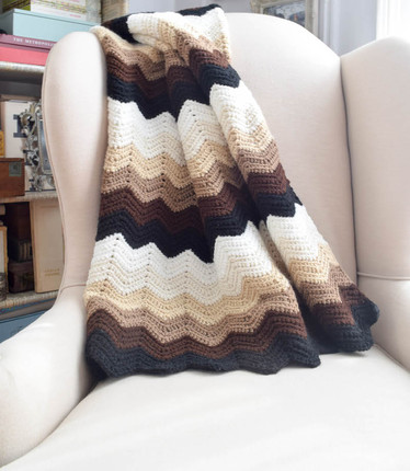 Gentle Gradient Ripple Blanket