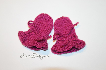 Baby Born doll mittens