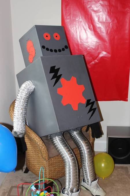 Imagination Movers 'Rock-O-Matic' Robot Party Decoration